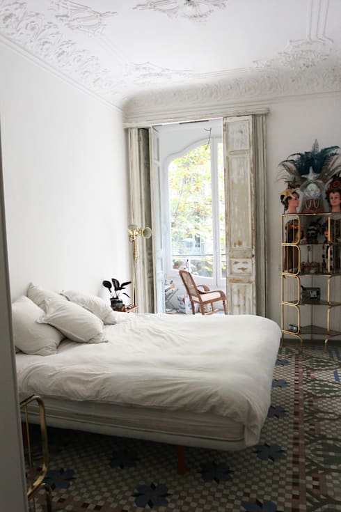 Camera da letto in stile  di homify