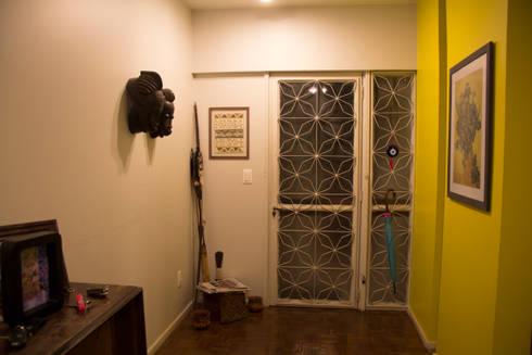 ambientação de sala de estar: Janelas   por ARM ARQUITETURA E URBANISMO