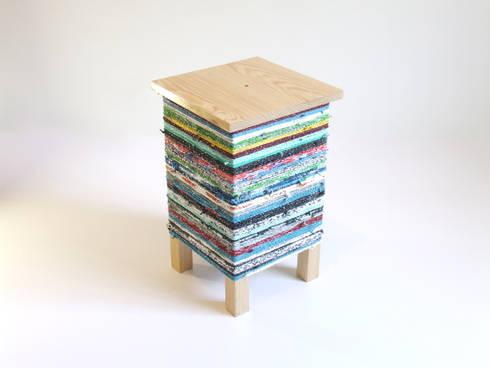 Croké / side table: Quarto  por HR Design Studio