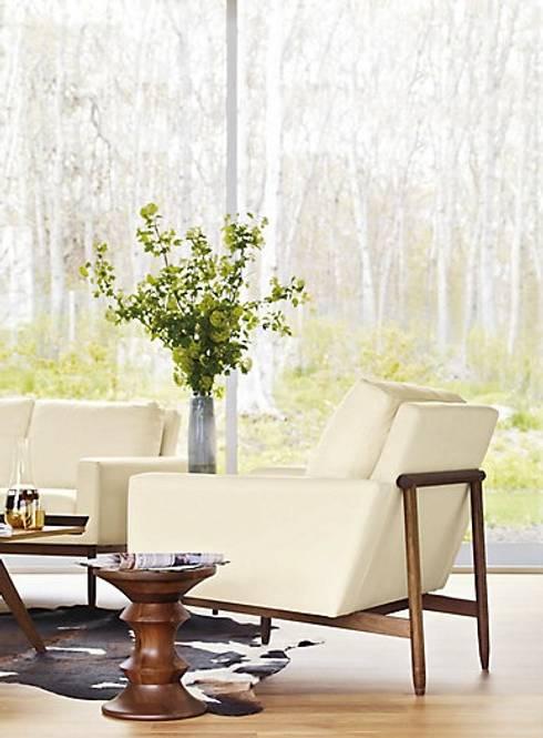 Sillon Raleigh : Salas de estilo moderno por Design Within Reach Mexico