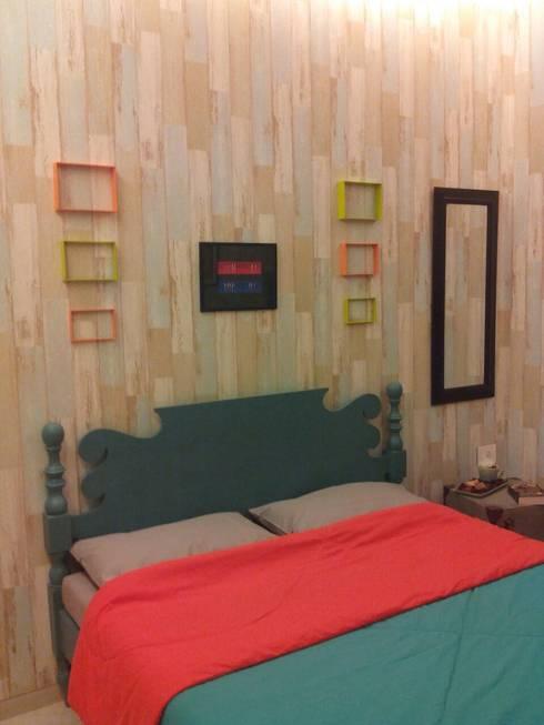 Residential Interior Project @ Mumbai:  Bedroom by Nikneh studio