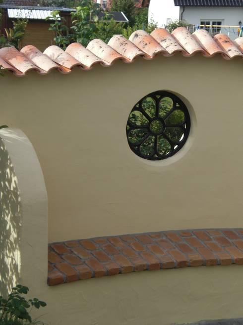 Jardines de estilo rústico por Rimini Baustoffe GmbH