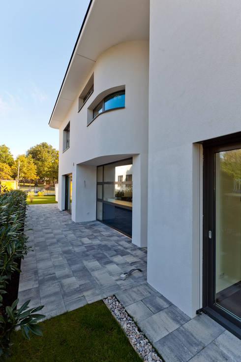 Atelier Fürtner-Tonn: modern tarz Evler