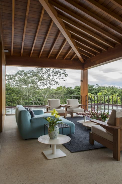 Phòng ngủ by Denise Barretto Arquitetura