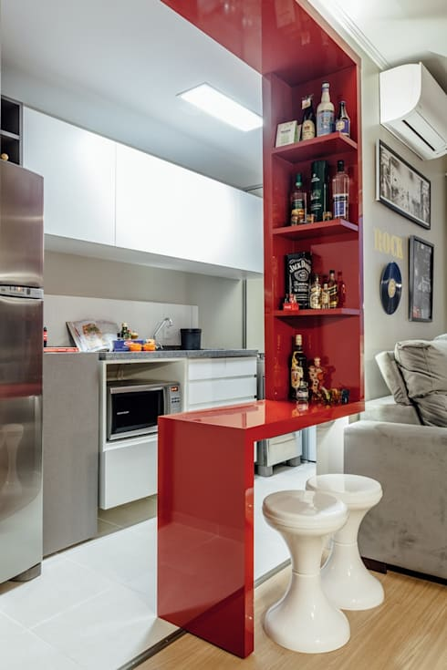 APTO OS - CAMAQUÃ / PORTO ALEGRE: Cozinhas modernas por Ambientta Arquitetura