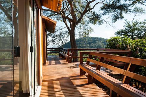 Varanda chalés: Terraços  por L2 Arquitetura