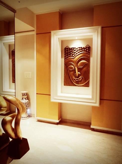 Sanghvi Residence:  Corridor & hallway by SwitchOver Studio