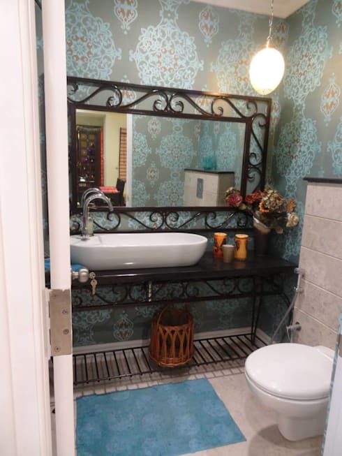 Victorian interiors.: modern Bathroom by Freelance Designer