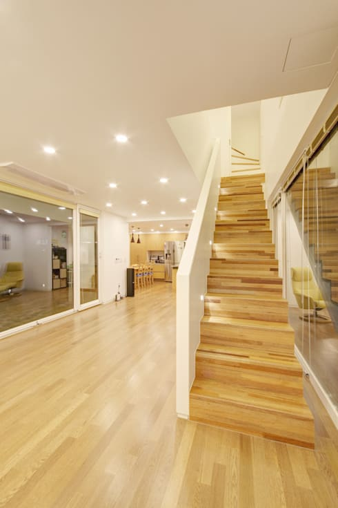 One Roof House: mlnp architects의  복도 & 현관