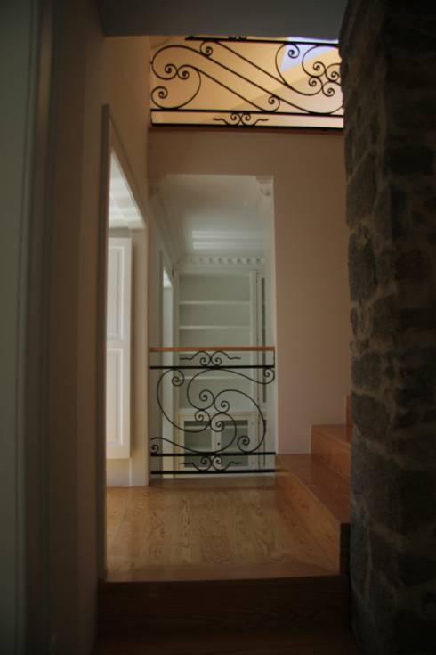 Casa em Cernache do Bonjardim:   por Nrtb Arquitectos