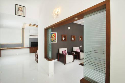 Dr. P.S.John: modern Living room by stanzza