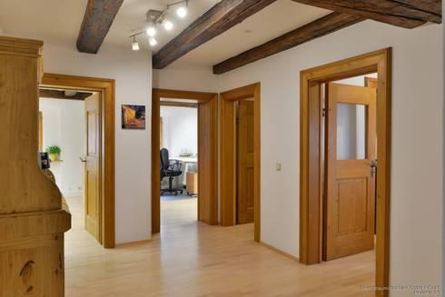 b ro in historischem geb ude in prominenter lage von lebenstraum immobilien gmbh co kg homify. Black Bedroom Furniture Sets. Home Design Ideas