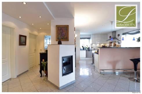 exklusive 5 zimmer wohnung mit gro em balkon von lebenstraum immobilien gmbh co kg homify. Black Bedroom Furniture Sets. Home Design Ideas