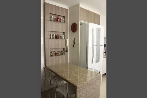 Residência RD: Cozinhas modernas por INOVAT Arquitetura e interiores