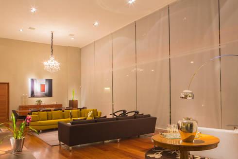 El corazón de la casa: Salas de estilo moderno por DLPS Arquitectos