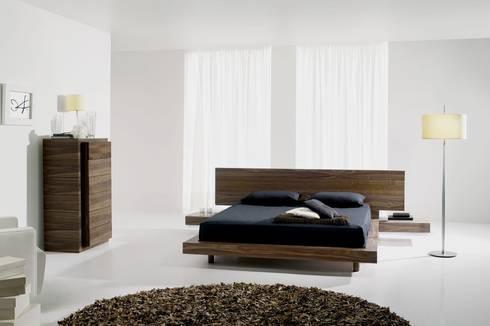 Mobiliário de quarto Bedroom furniture www.intense-mobiliario.com  Aragon AMB14 http://intense-mobiliario.com/product.php?id_product=8950: Quarto  por Intense mobiliário e interiores;