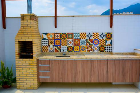 Cozinha Gourmet: Cozinhas modernas por Millena Miranda Arquitetura