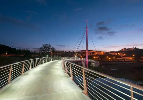 Ponte de Odemira, uma obra visionária: Espaços comerciais  por Aura Light
