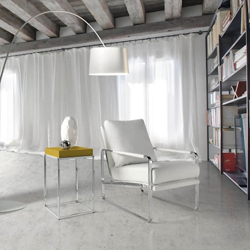 Cadeirões, Poltronas Armchairs www.intense-mobiliario.com  Morgan http://intense-mobiliario.com/product.php?id_product=8878: Sala de estar  por Intense mobiliário e interiores;