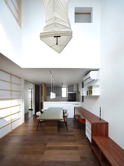 リビング/ダイニング/キッチン: 6th studio / 一級建築士事務所 スタジオロクが手掛けたリビングです。