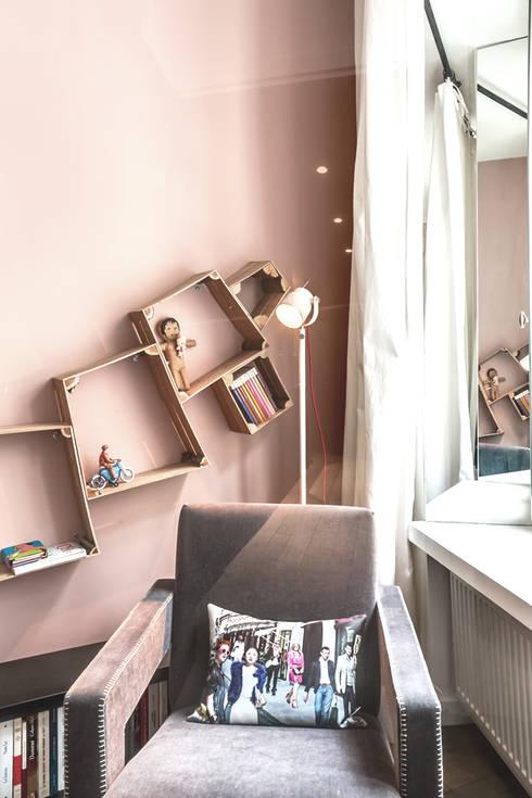 coin lecture: Chambre de style  par cristina velani