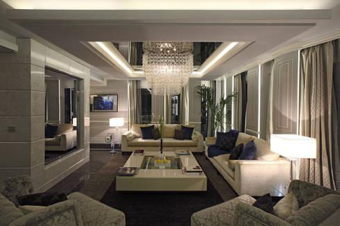 Progetto: Soggiorno in stile in stile Moderno di Spagnulo & Partners