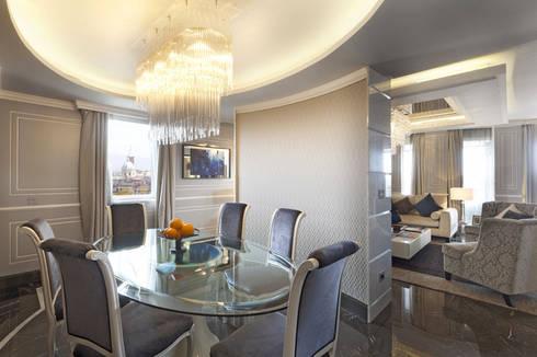 Progetto: Sala da pranzo in stile in stile Moderno di Spagnulo & Partners