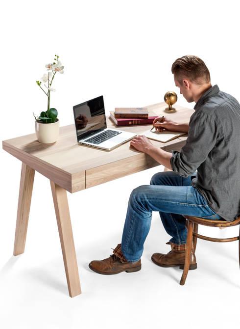 Schreibtisch 4.9 Groß Holz Mit Schublade: Skandinavische Arbeitszimmer Von  Baltic Design Shop