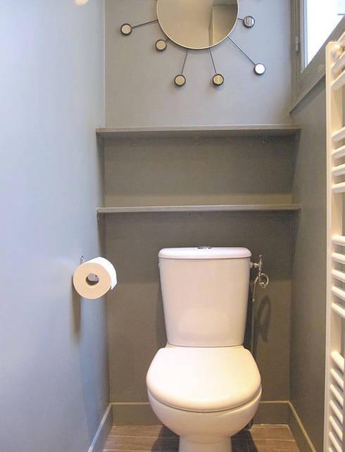 APPARTEMENT RUE DU PLATRE: Salle de bains de style  par cristina velani