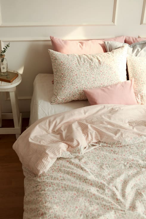 Bedding set (cotton) 01 Botanic garden: (주)이투컬렉션의  침실