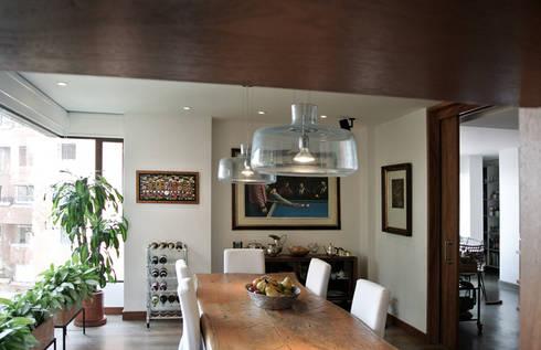 Comedor: Comedores de estilo moderno por KDF Arquitectura