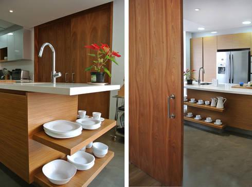 Detalle Cocina: Cocinas de estilo moderno por KDF Arquitectura