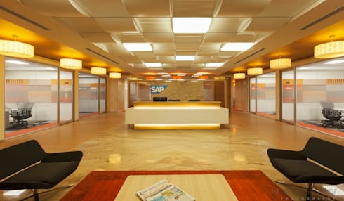Commercial: modern Study/office by Prabu Shankar Photography