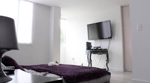 APARTAMENTO NUEVA GRANADA: Habitaciones de estilo ecléctico por santiago dussan architecture & Interior design