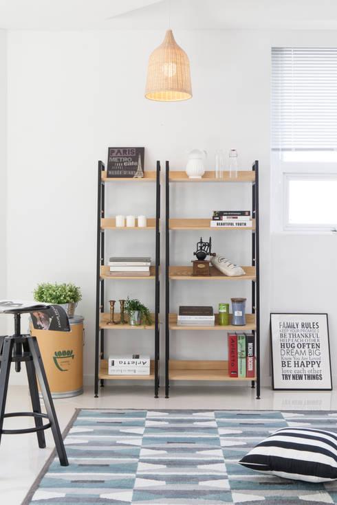 [Cafe앤라떼]크림라떼: 다니카가구의  서재/사무실