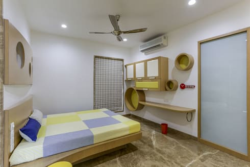 Kabra House: modern Bedroom by Spaces and Design