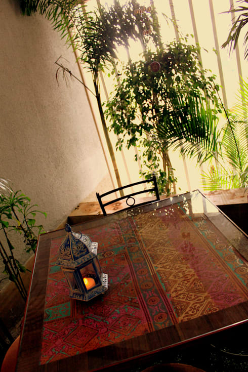 Seaview Apartment at Palm Beach Residency at Navi Mumbai:  Terrace by Shweta Deshmukh & Associates