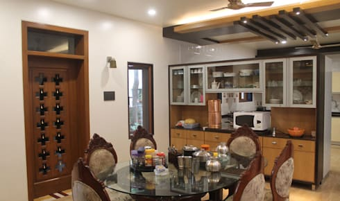 Kulkarni Bunglow Interior: modern Dining room by Prashanth Deshmukh & Associates