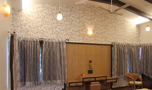 Kulkarni Bunglow Interior: modern Living room by Prashanth Deshmukh & Associates