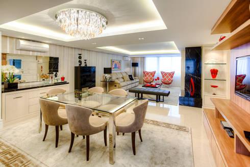 Residência Juvevê: Salas de jantar clássicas por VL Arquitetura e Interiores