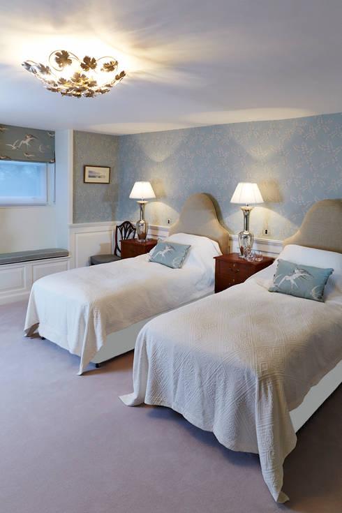 Projekty,  Sypialnia zaprojektowane przez Etons of Bath