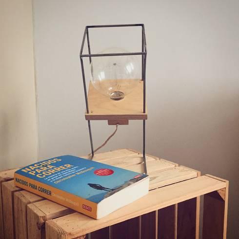 lmpara de mesilla madera dormitorios de estilo industrial de trae shop