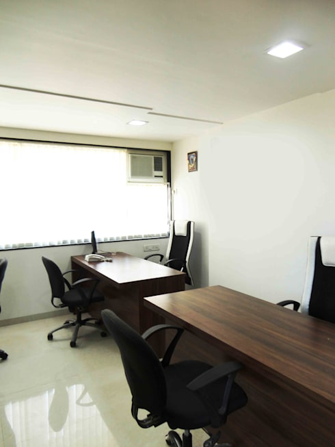 Office: minimalistic Study/office by SNEHA MOHTA