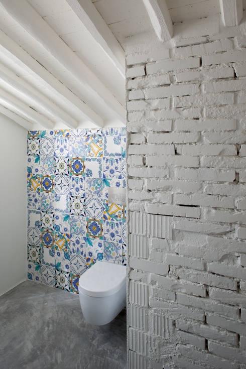 MIDE architetti의  욕실