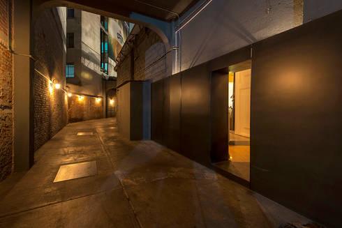 BAR SCOTCH: Bares y discotecas de estilo  por ROMERO DE LA MORA