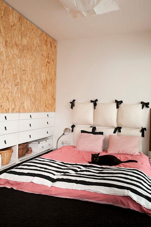 moderne Slaapkamer door Sic! Zuzanna Dziurawiec
