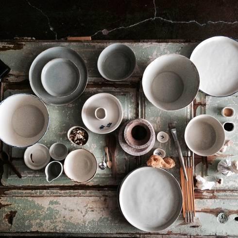 Set of ceramics: Cozinha  por Margarida Fabrica