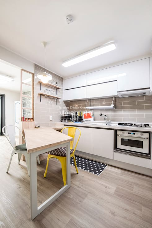 영통 매탄동 동남아파트 22평인테리어: JMdesign 의  다이닝 룸