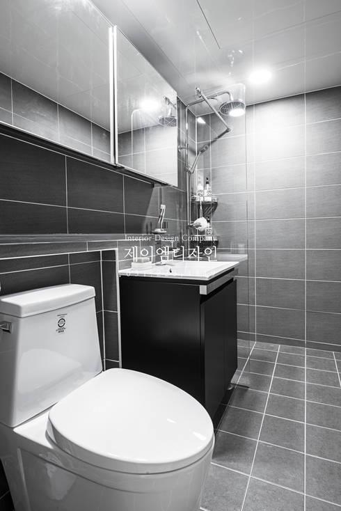 영통 매탄동 동남아파트 22평인테리어: JMdesign 의  욕실