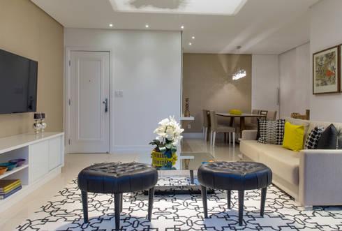 Salas Integradas de Estar e Jantar: Salas de estar modernas por Bruno Sgrillo Arquitetura